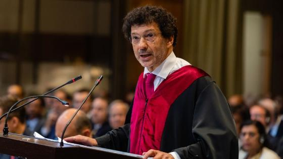 Photo ofProfessor Marcelo Kohen at the International Court of Justice
