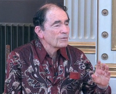 Judge Albie Sachs during his lecure in Gamle Festsal