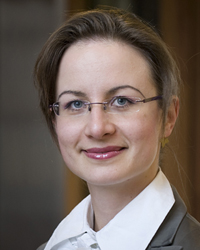 Picture of Professor Freya Baetens.